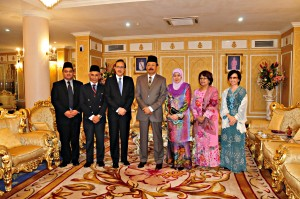 Sabah Fest 2012 organizing committee at the State Palace